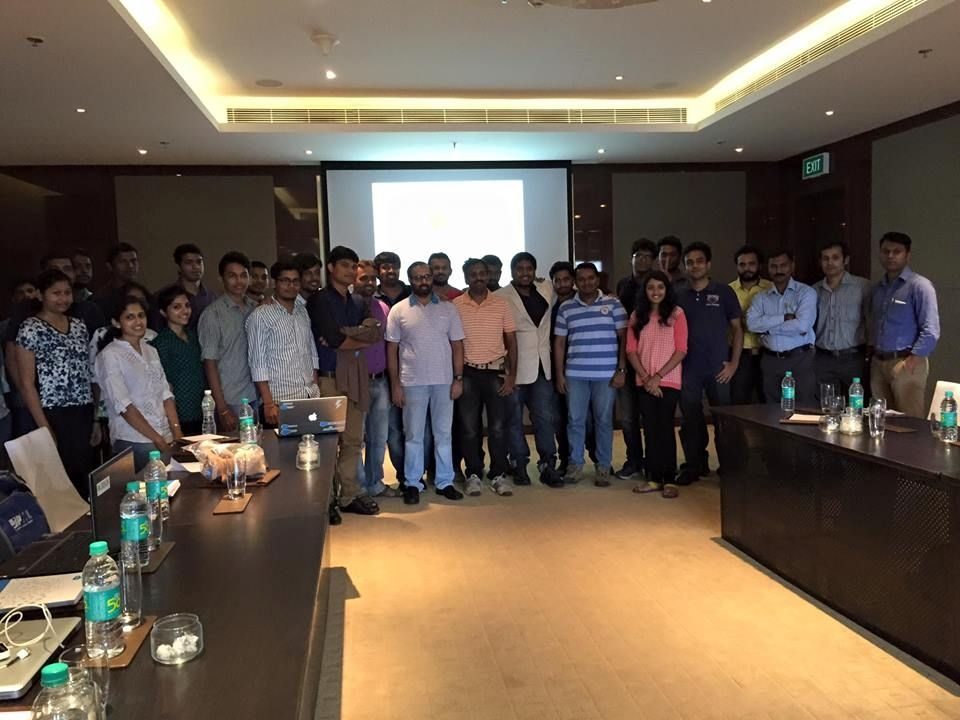 dazeworks-team-at-the-meetup-with-rajdeep-and-shashank-from-salesforce